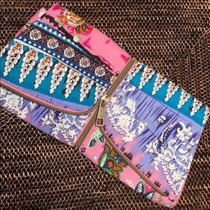 Handbags - Adorable Cloth Clutch